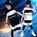 2016 primavera verano ropa de los niños fijaron La Muchacha Del Muchacho Trajes negro blanco jazz Hip Hop danza Pantalones y Camiseta de los niños trajes