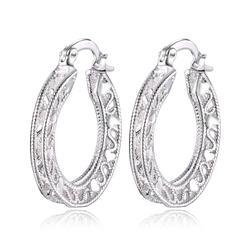 , KADıN favori noel hediyesi kadın retro narin hollow oval geometri küpe moda Gümüş renk takı LE002