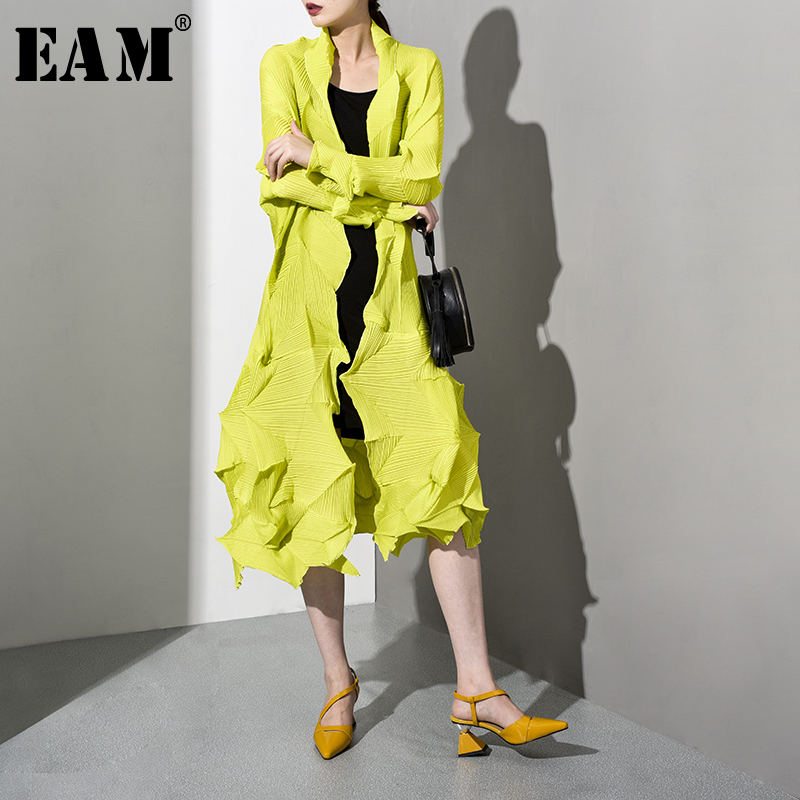 [EAM] 2019 New Spring Summer V-collar Long Sleeve Black Pleated Split Loose Long Big SizeWindbreaker Women   Trench   Fashion WG5340