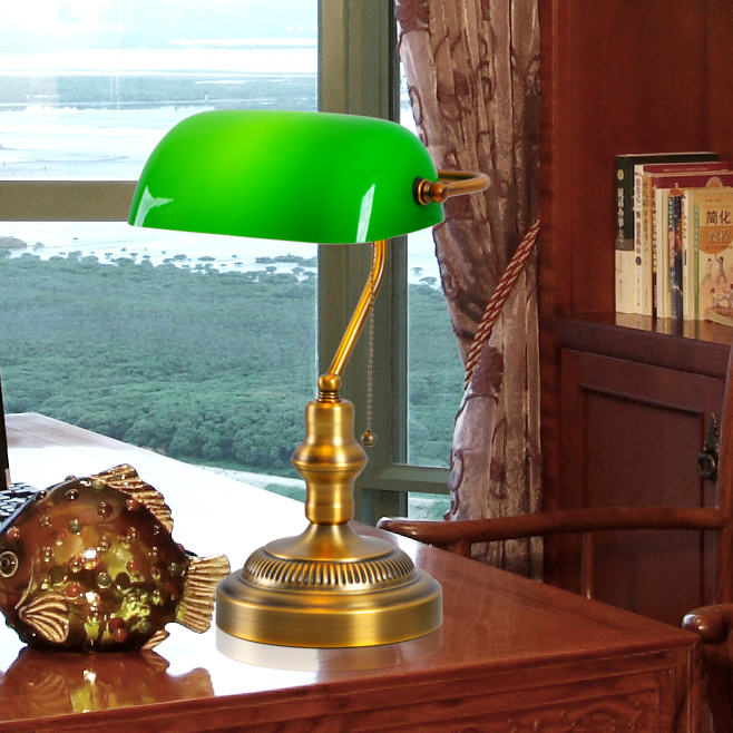 American Retro Clic Office Desk Lamp Table Bedroom Den Green Cover Of Old Shanghai Bank The Republic Taiwan Lighti In Metal Halide Lamps From