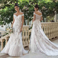 Fora do Ombro a Linha Do Vestido de Casamento Champagne com Iovry Lace Applique Botão Voltar Vestidos de Noiva vestido de noiva curto