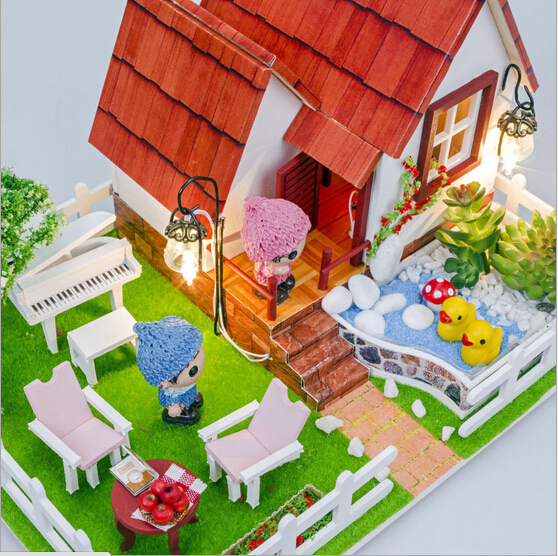 D016 diy doll house wooden villa garden dollhouse Miniature Wooden Building Model Furniture Model For child Toy