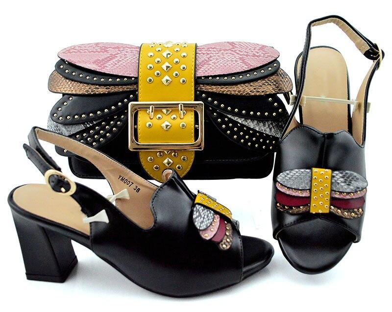 Kobiety afryki buty i torba zestaw czarny kolor włoskie buty z pasująca torba z błyszczące kryształowe dobra sprzedaż damskie pasujące zestaw w Buty damskie na słupku od Buty na  Grupa 1