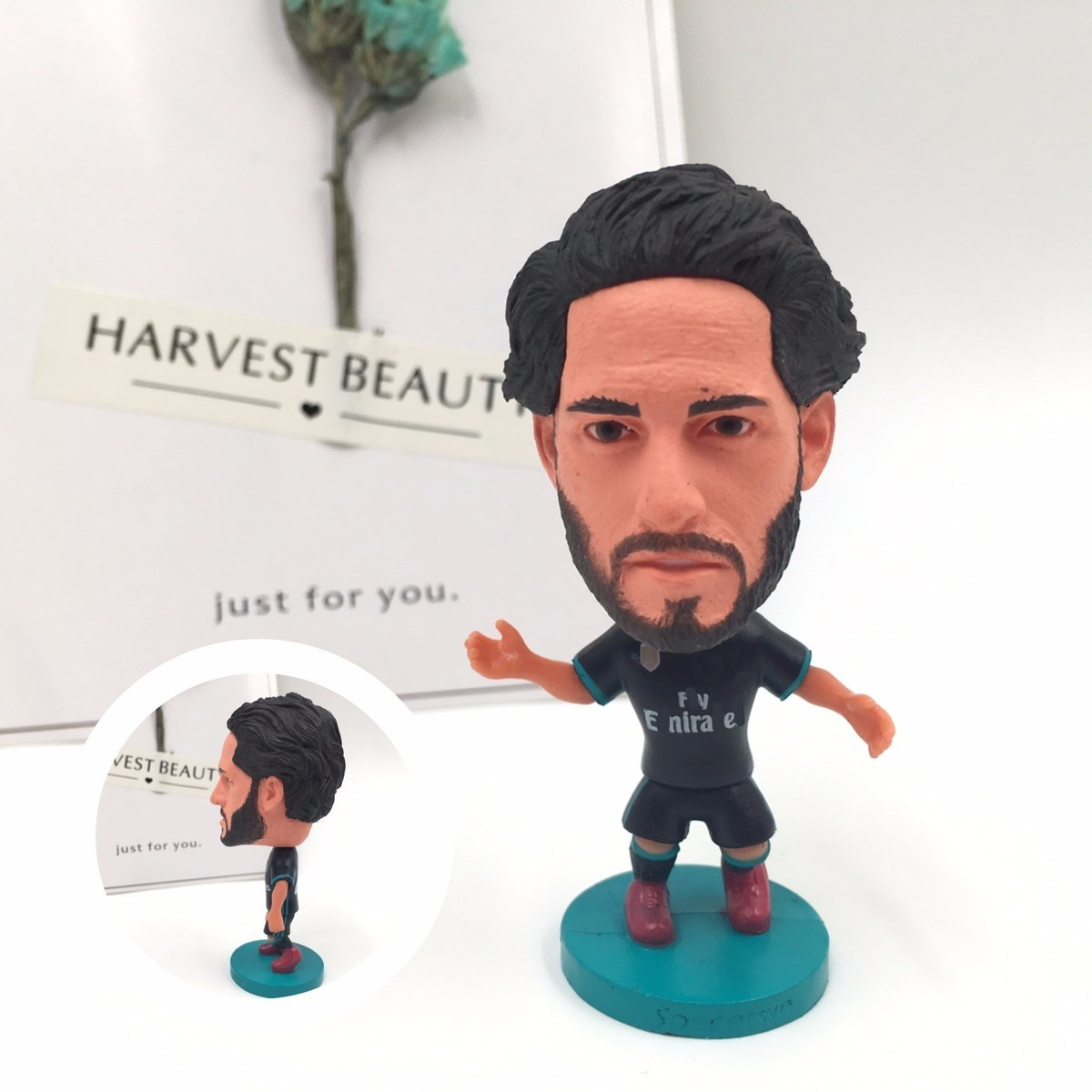 Soccerwe figurine Sports stars 17 18 ISCO Curly Hair Movable joints resin model font b toy