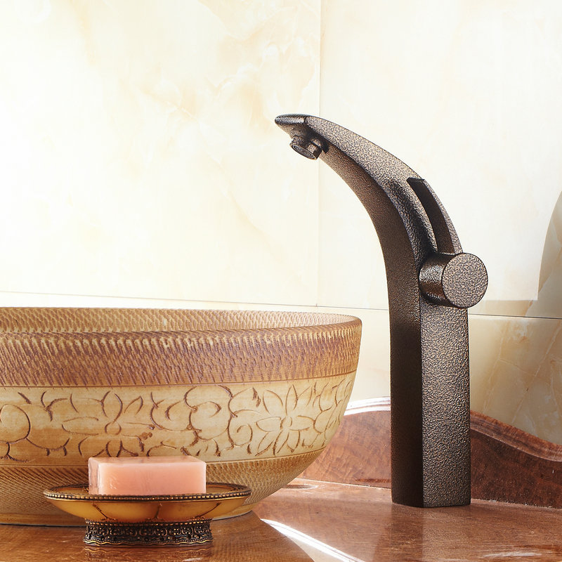 Classic Antique Brass Deck  Mounted Basin Faucet  9808GClassic Antique Brass Deck  Mounted Basin Faucet  9808G
