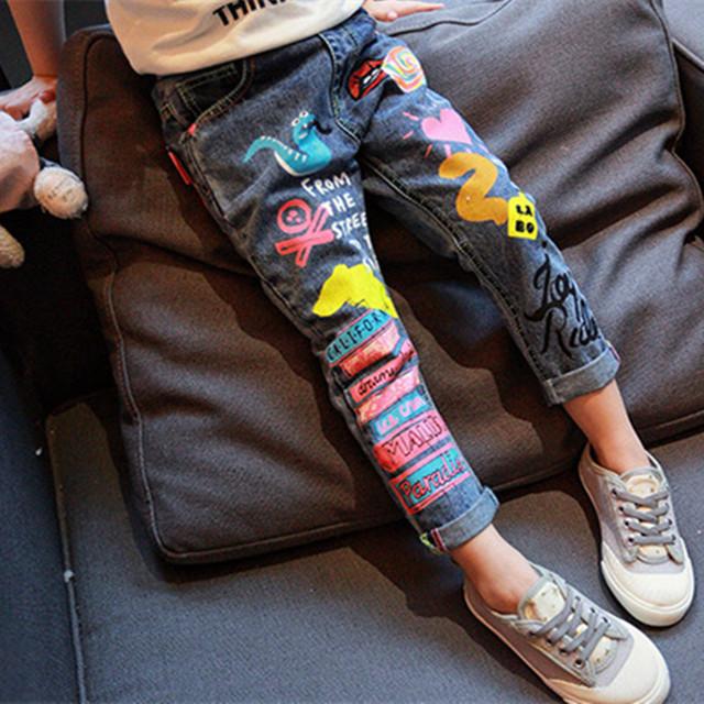 Meninas de Jeans 2016 nova primavera coreano crianças meninas calças do bebê dos desenhos animados Graffiti impressão calças crianças calças Jeans casuais para 2-8a