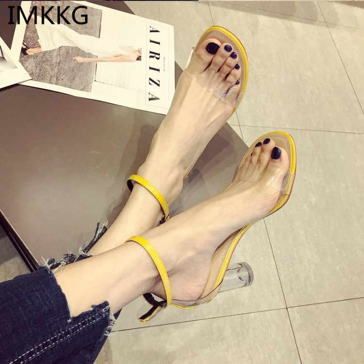 2018 New design women crystal high heel buckle strap women party shoes transparent round heels women wedding sandals f090