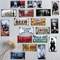 24 шт. смешанные элементы таблички и знаки автомобиля стикер на стену в таблички и знаки автомобильный номерной знак бар, кафе, дом Декор в об...