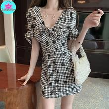 Summer 2019 summer Korean version of the new womens plaid short dress Knee-Length  V-Neck
