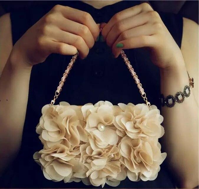 imágenes para Dote Me Lujo 3D Beige Rose Peony Flor del Paño Carpeta Del Tirón Del Monedero perla bolso de Noche Bolso de la Caja de Cuero Para el iphone 7 6 6 S Plus 5S