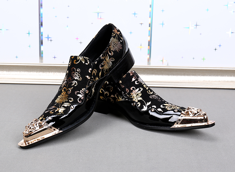 Black Italian Mens Loafers genuine Leather Metallic Toe Mens Glitter Shoes Gold Floral Print Men Wedding dress Shoes Men Luxury