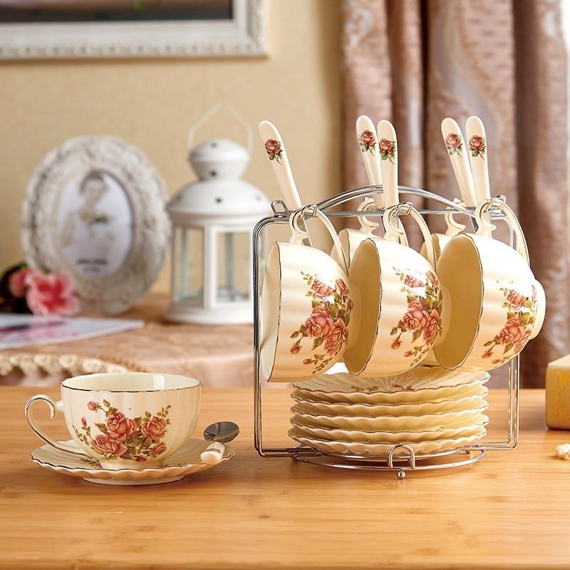 Creative European Porcelain Coffee Cups Set Bone China Coffeware Sets Chinese Wedding Tea Set Home Decoration Accessories