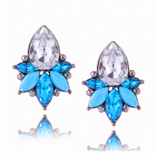 E0223 Fashion Jewelry Flower Design Crystal Stud Earrings For Women Vintage Part