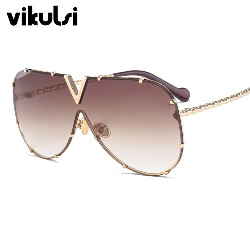 5648d4f9ae3 Top Quality Fashion Oversized Italy Brand Sunglasses Women Luxury Brand  Designer Aviator Sun Glasses For Female Rivet Eyewear-in Sunglasses from  Apparel ...