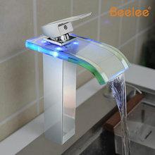 Нет батарейный источник воды водопад раковины ванной комнаты кран MixerDeck гора ручкой изменение цвета свет из светодиодов стекло носик