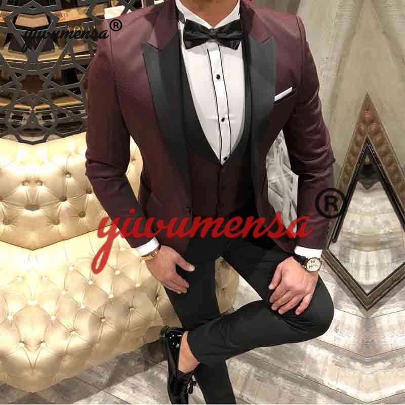 0405b51e9a Rosso Tuxedo Vino 10 2018 Ballo Style style style 9 style 13 Da ...