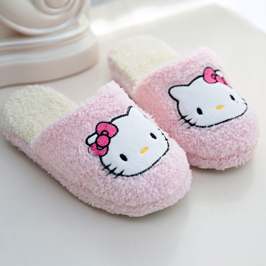 2017 Winter Slippers Cartoon Hello Kitty Slippers Indoor Home shoes woman cute indoor slippers super warm soft winter plush shoe soft plush big feet pattern winter slippers
