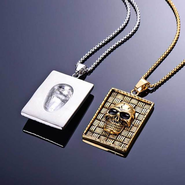 STAINLESS STEEL 3D FACE SKULL NECKLACE (2 VARIAN)