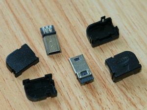 4 zestawów/partia czarny DIY 90 kąt Mini USB b 5 pinów męski Adapter linii spawania wtyczka gniazdo złącza + uchwyt z tworzywa sztucznego