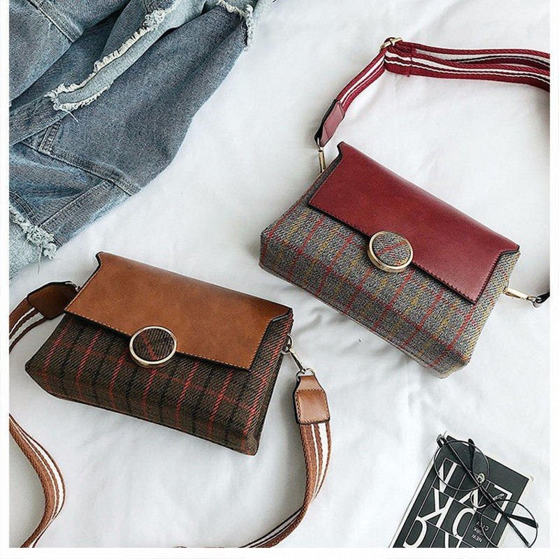 Woolen cloth Messenger Bag England Style grid Crossbody Bag Temperament joker Fashion Vintage Bag New 2018 Cute Shoulder Bag