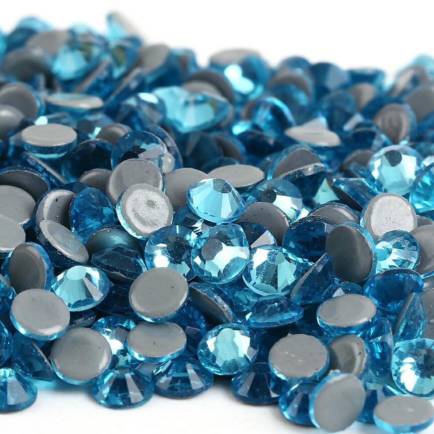 Все размеры 40 цветов кристалл AB исправление стразы, Стекло Стразы исправленное железо на Стразы для дизайна ногтей шитье и ткань Decoretion - Цвет: Aquamarine
