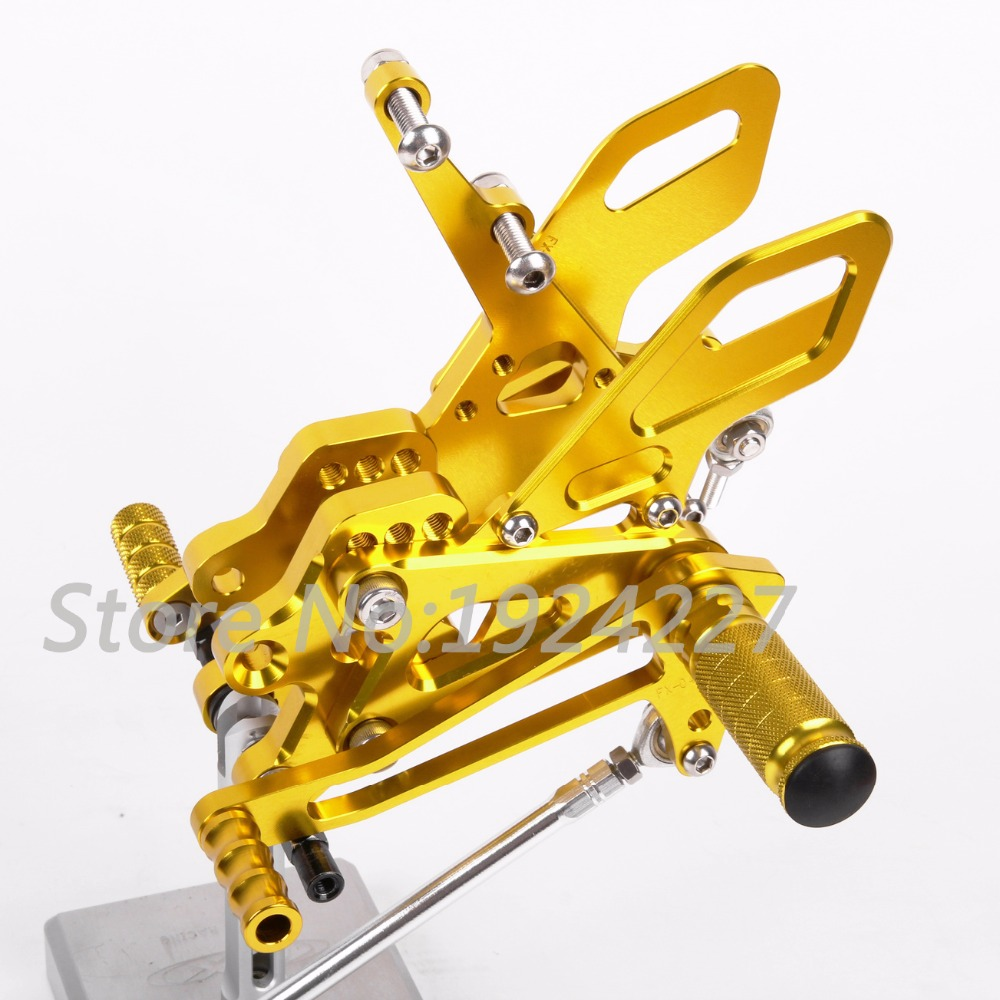 Hot Sale Motorcycle CNC Adjustable Foot Pegs Rearsets For Kawasaki ZX10R 2004-2005 Motorcycle Foot Pegs Golden Color