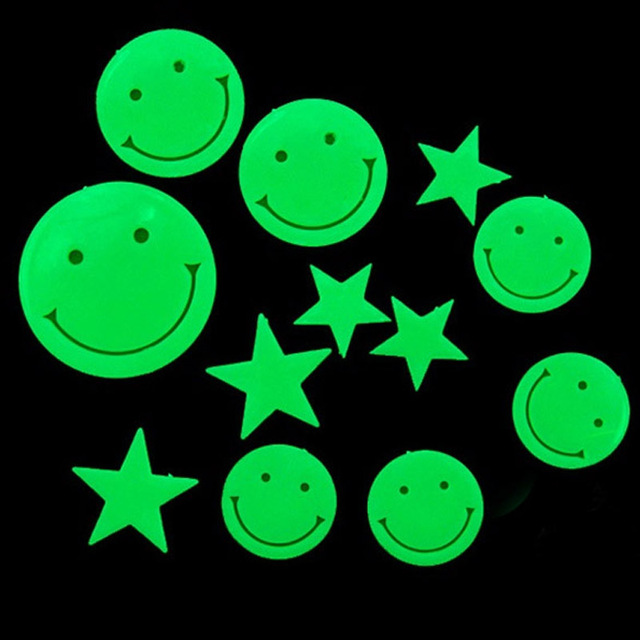 12pcs/set  Fluorescence Wall Stickers Smiling Face Stars Glow in the Dark Fluorescent Plastic Home Wall Stickers for Home Decor