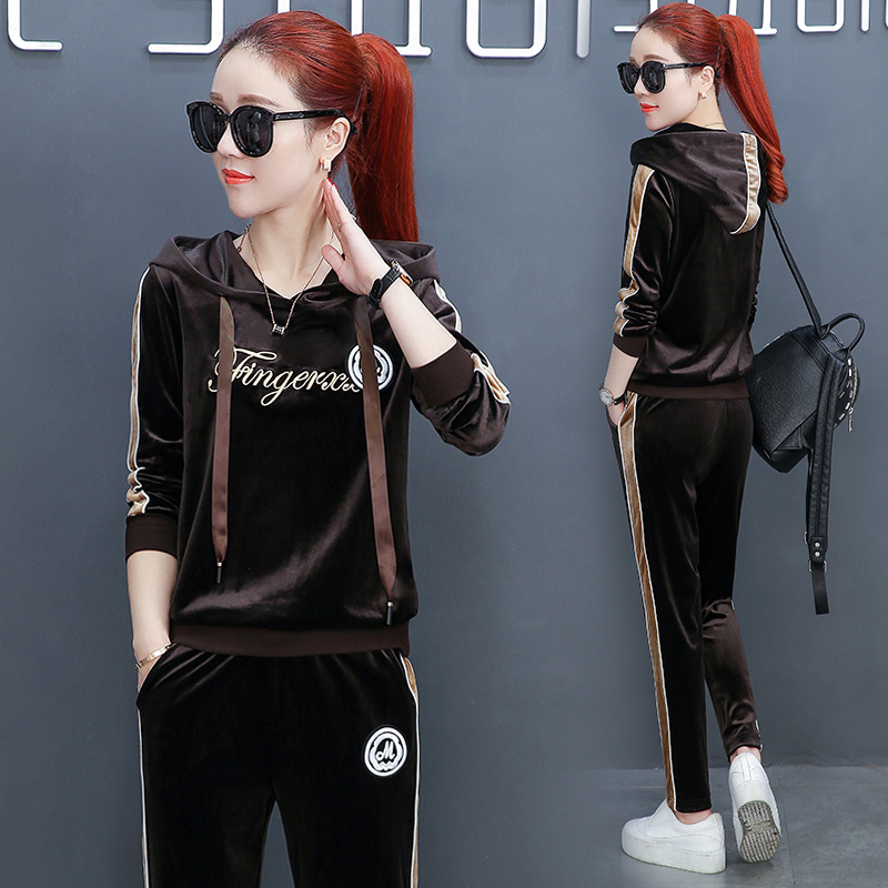 Spring And Autumn New Casual Sportswear , Womens Velvet Was Thin Korean Fashion Two Sets Of Sweat M-3XL.