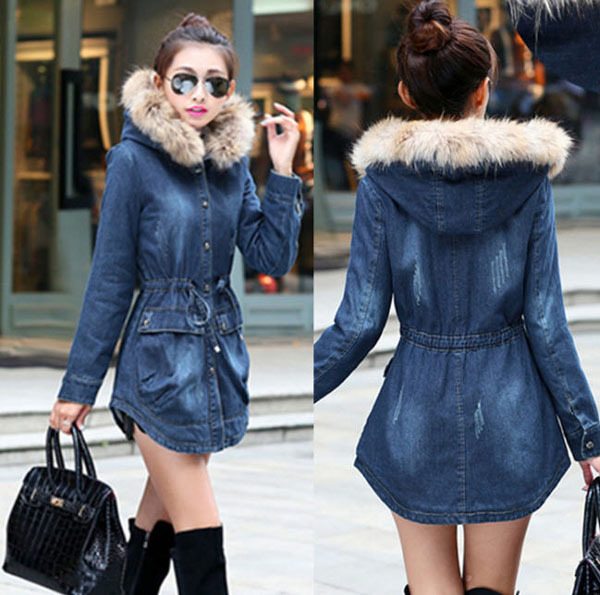 ФОТО Winter Fashion Drawstring Slim Blue Denim Plus Velvet Thick Padded Jacket Female Faux Racoon Fur Collar Cashmere Overcoat D1649