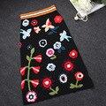 2017 otoño mujeres runway faldas faldas lápiz longitud de la rodilla estirada faldas de Tejer Algodón bordado