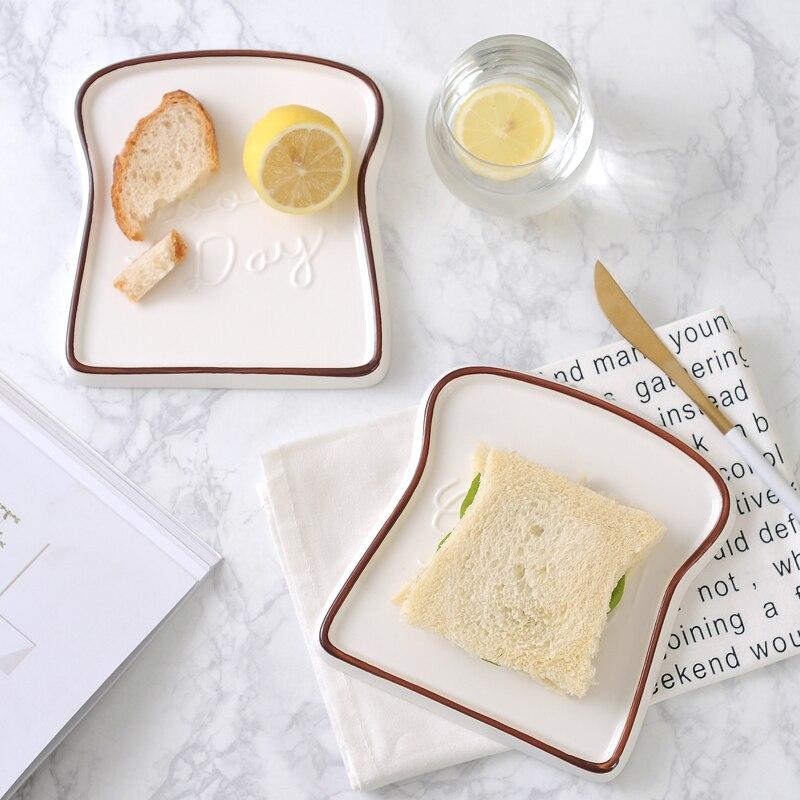 Assiettes en porcelaine en forme de Toast, bon jour assiettes en porcelaine plats alimentation pain plateau à Dessert pour le petit déjeuner vaisselle accessoires de cuisine vaisselle 1 pièce