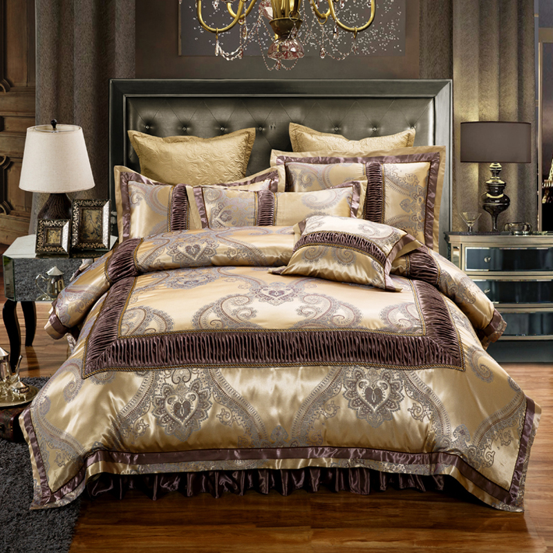 Luxury jacquard cotton Gold duvet cover set for king queen size bedding set 4 or 6pcs Quilted Bed skirt with Zipper