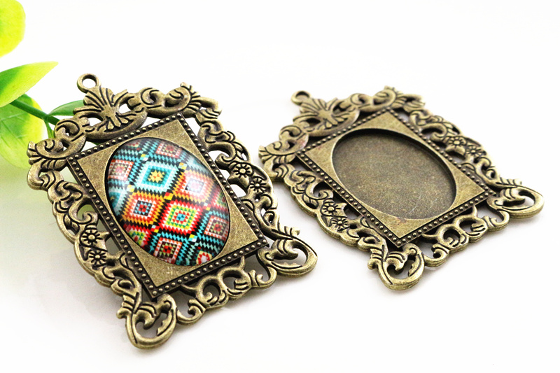 2pcs 18x25mm Inner Size Antique Bronze Fashion Style  Cameo Cabochon Base Setting Charms Pendant Necklace Findings (C3-05)