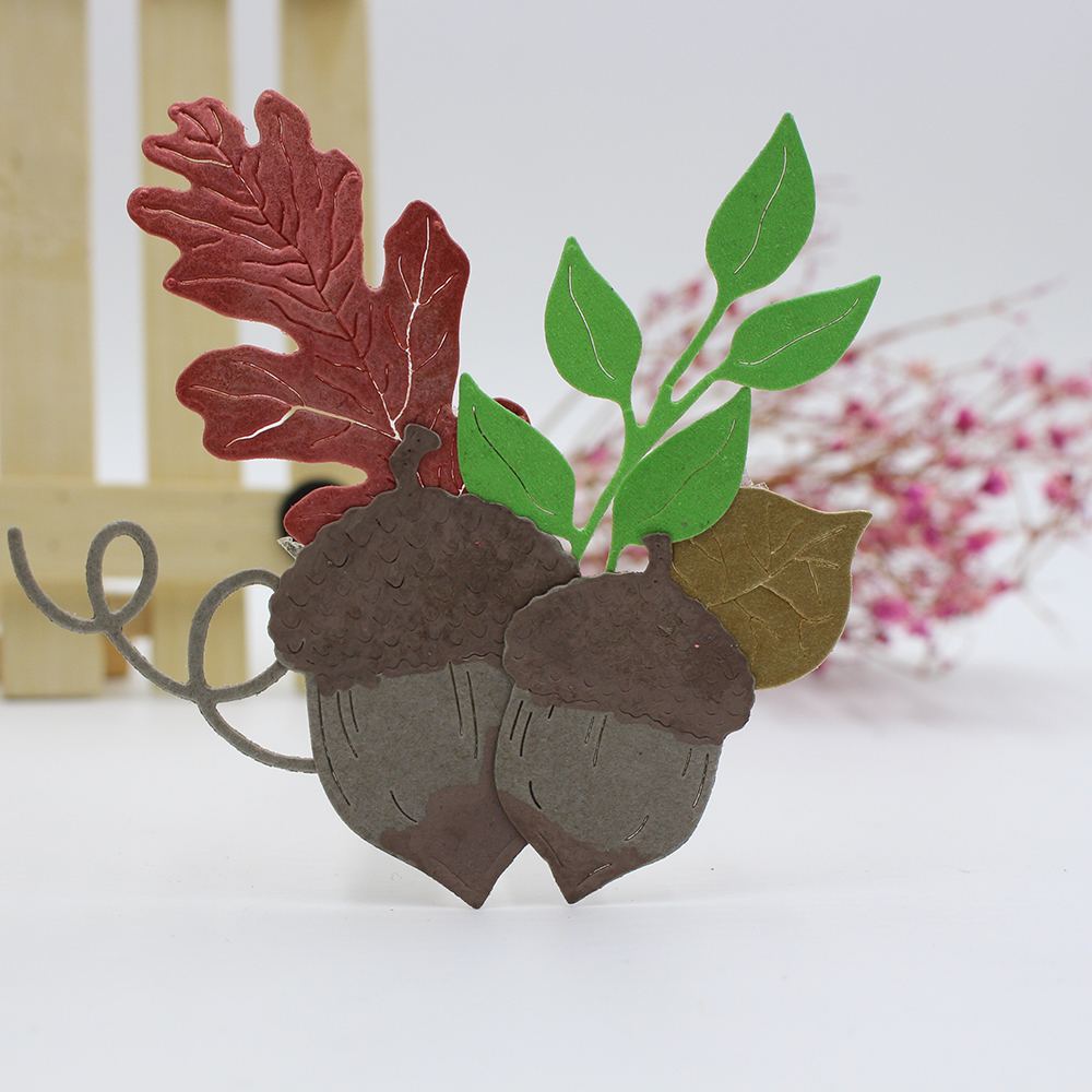 151X73mm Acorns and Leaves Shape Metal Cutting Dies Stencil for DIY Scrapbooking Album Embossing Paper Cards Decorative Crafts