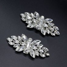 цена 2pcs Shoe Clip Wedding Shoes High Heel Women Bride Decoration Rhinestone Shiny Decorative Clips Charm Buckle