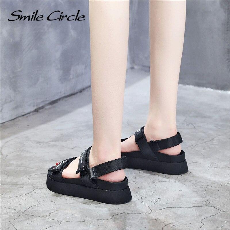 Sourire Cercle 2019 été Plat Sandales Femmes Plate forme Chaussures Mode Ruban Sandales Décontractées Fond épais Dames Chaussures Noir