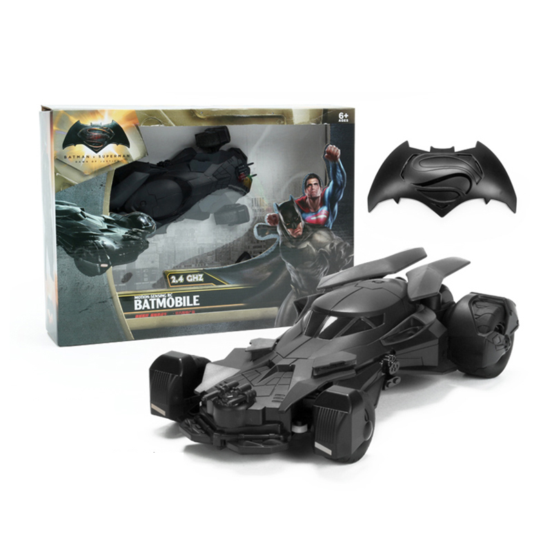 Batman Accelerometer remote control cars, remote control cars,Children's toy car. Gifts for children. майка print bar animal power