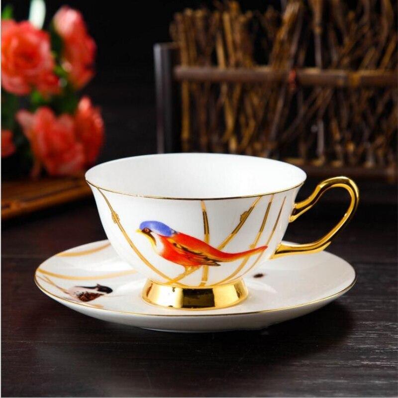 Style occidental en céramique tasse à café soucoupe originalité oiseau chanceux fleur thé tasse plat 2 pièces