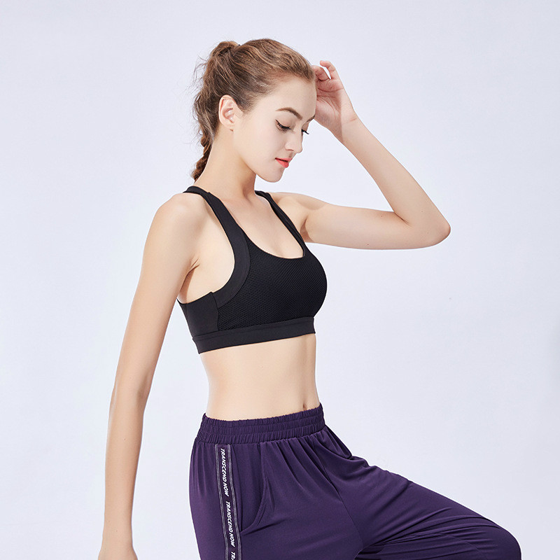 Women 39 s Sports Bra Padded Workout Yoga Bras Sports Bra Top High Impact Sports Wear for Women Gym Anti Bacterial Quick Dry in Sports Bras from Sports amp Entertainment