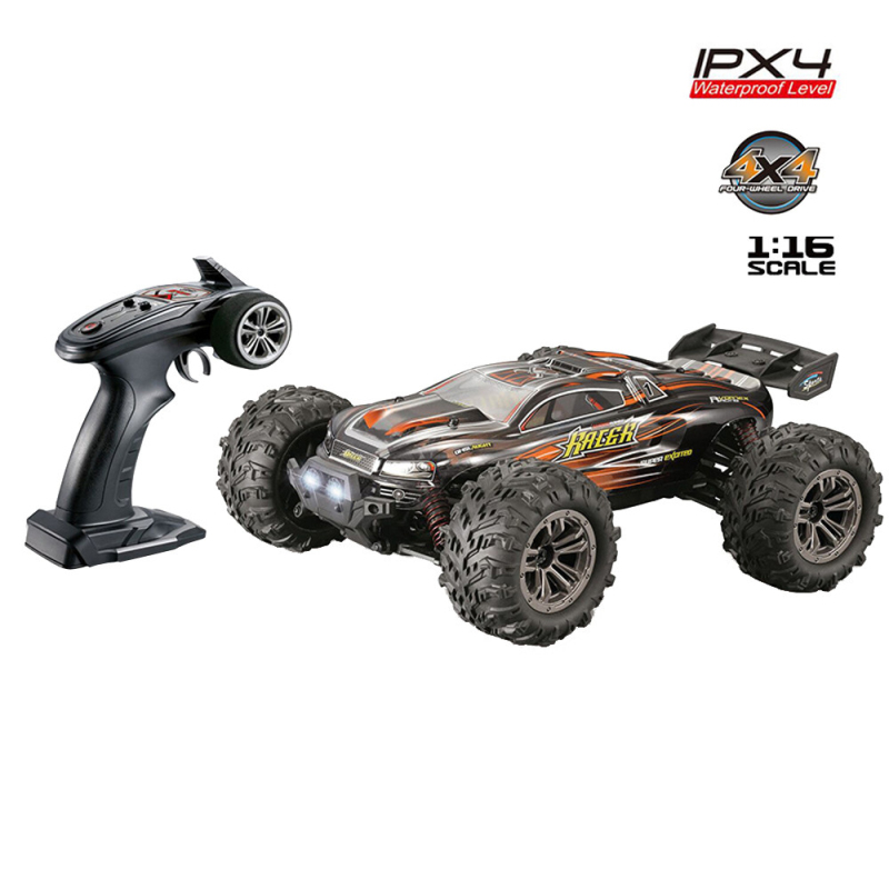 2018 Boy Gift 2.4G 4wd 40KM/H RC Monster Truck 1/16 with Remote Control RC Hobby Car 4x4 High Speed Electric RC Car For Racing все цены