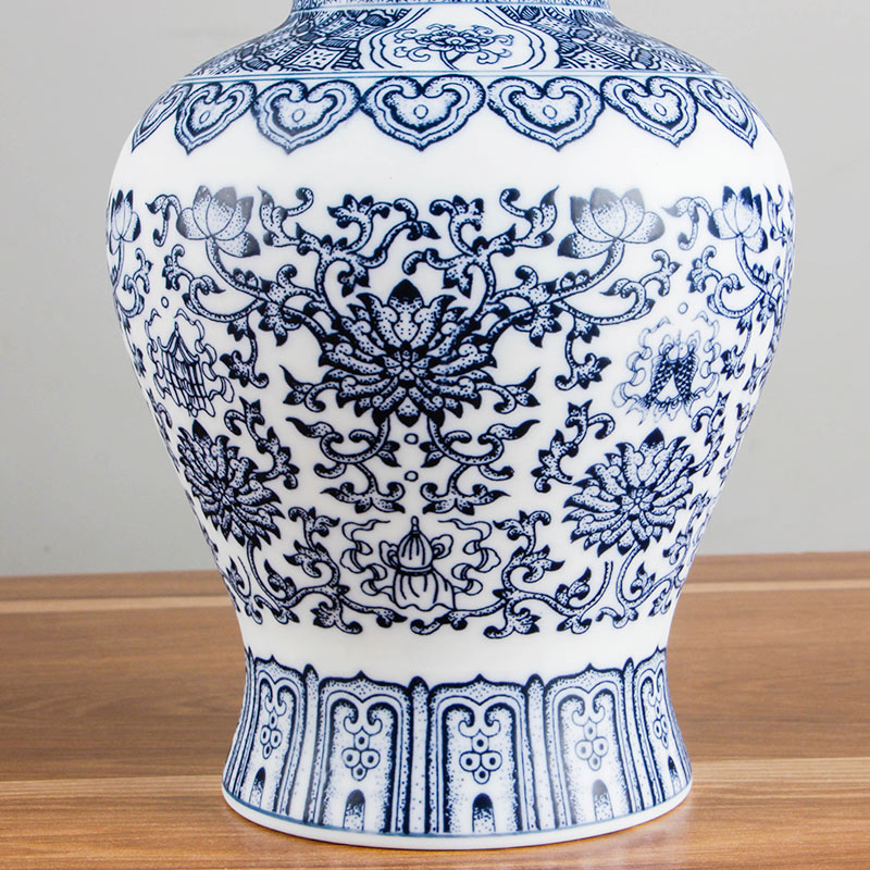 Ancient Chinese Style Jingdezhen Eggshell Blue And White Red Porcelain Kaolin