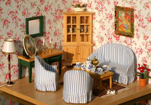 Old Fashioned Style 7PCS/SET Sofa Cabinet Table 1 : 12 Scale Wood Miniature