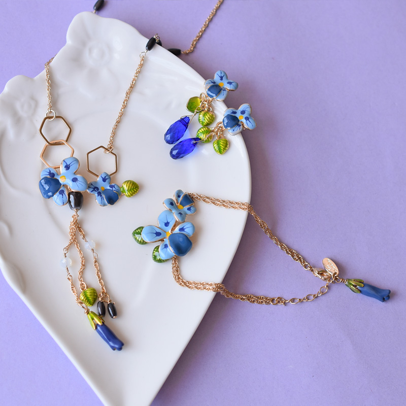 Dyxytwe blue Flowers Necklace For Women All-match Elegant Fashion Jewelry Accessories