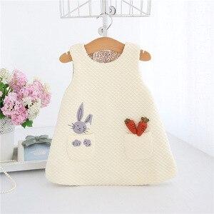Image 3 - Neugeborenen Herbst Kaninchen und Karotten Appliques Baby Mädchen Infant Kleid & kleidung Kinder Party Geburtstag Taufe Kleid 0 2T