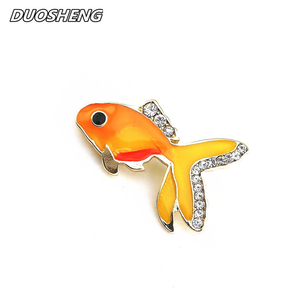 New Cute Yellow Enamel Goldfish InlaidSemi-precious stones Animal Style Brooch Corsage 2017 Clothes Accessories Badge Wholesale
