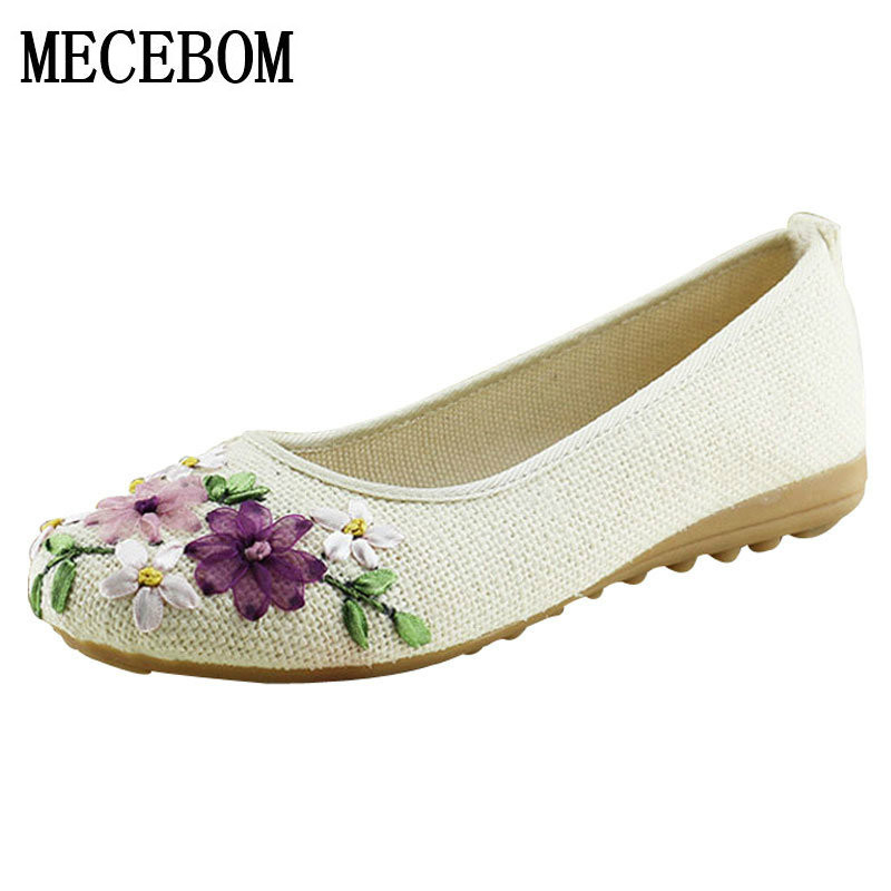 2017 New Women Flower Flats Slip On Cotton Fabric Casual Shoes Comfortable Round Toe Student Flat Shoes Woman Plus Size 2812W women flats slip on casual shoes 2017 summer fashion new comfortable flock pointed toe flat shoes woman work loafers plus size