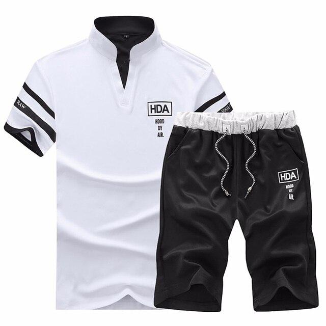 826a6568d Verano de 2019 conjunto chándal ropa playa para hombre 2 piezas conjuntos  pantalones cortos Hombre Hip Hop manga corta gimnasio sweatsuit