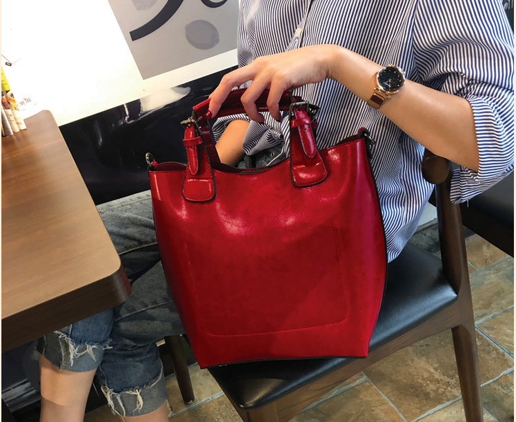 New Women Genuine Leather Briefcase Casual Shoulder Cowhide Bags High Capacity Ladies Tote Office Commuter Bag Bolso D553