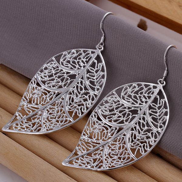 Wholesale High Quality Jewelry 925 Jewelry Silver Plated Fashion Leaf Earrings For Women Best Gift SMTE128