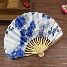 Летом Стиль Складной Ручной Вентилятор Ткань Цветочные Свадебный Танец Пользу Pocket Fan 1 шт. бесплатная доставка